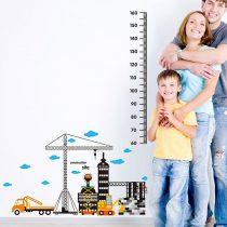Sticker perete pentru măsurarea înălţimii  cu macara şi maşini de lucru pe şantier