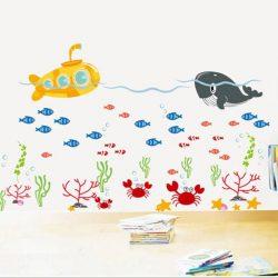 Sticker perete balena în apă