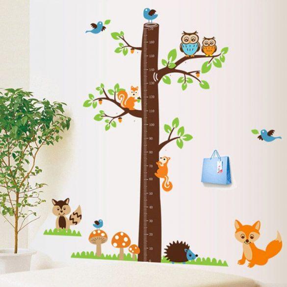 Sticker pentru măsurarea înălţimii cu copac din pădure, veveriţe, vulpe