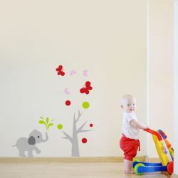 Sticker perete elefant mic şi fluturi