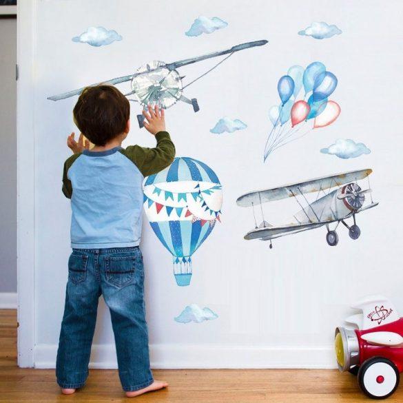 Sticker de perete pastel cu avioane și balon cu aer cald