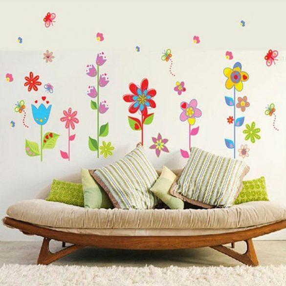 Sticker de perete - Gradina de flori cu fluturas